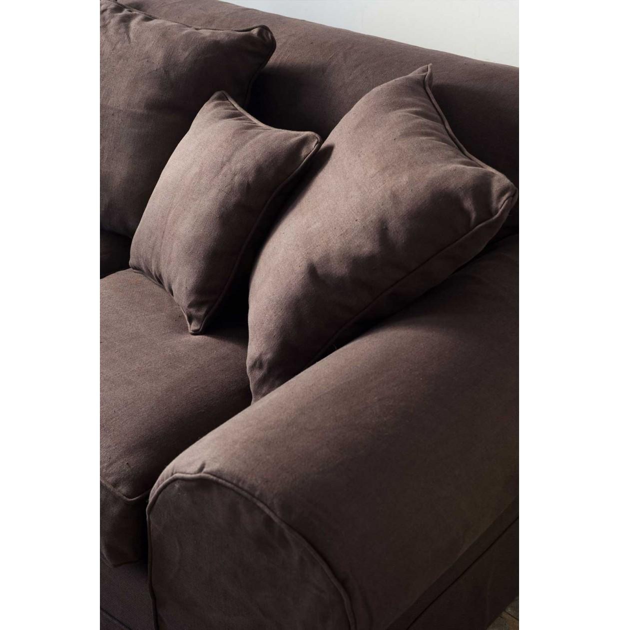 Cedar Point Sofa 2 Seater Linen Flax-Black / Rivièra Maison