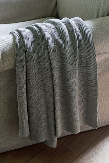 Pure Pleasure Throw stone grey 170x130 / Rivièra Maison
